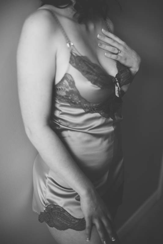 AY-9415 Mrs. Y Confidence Boosting Boudoir Session